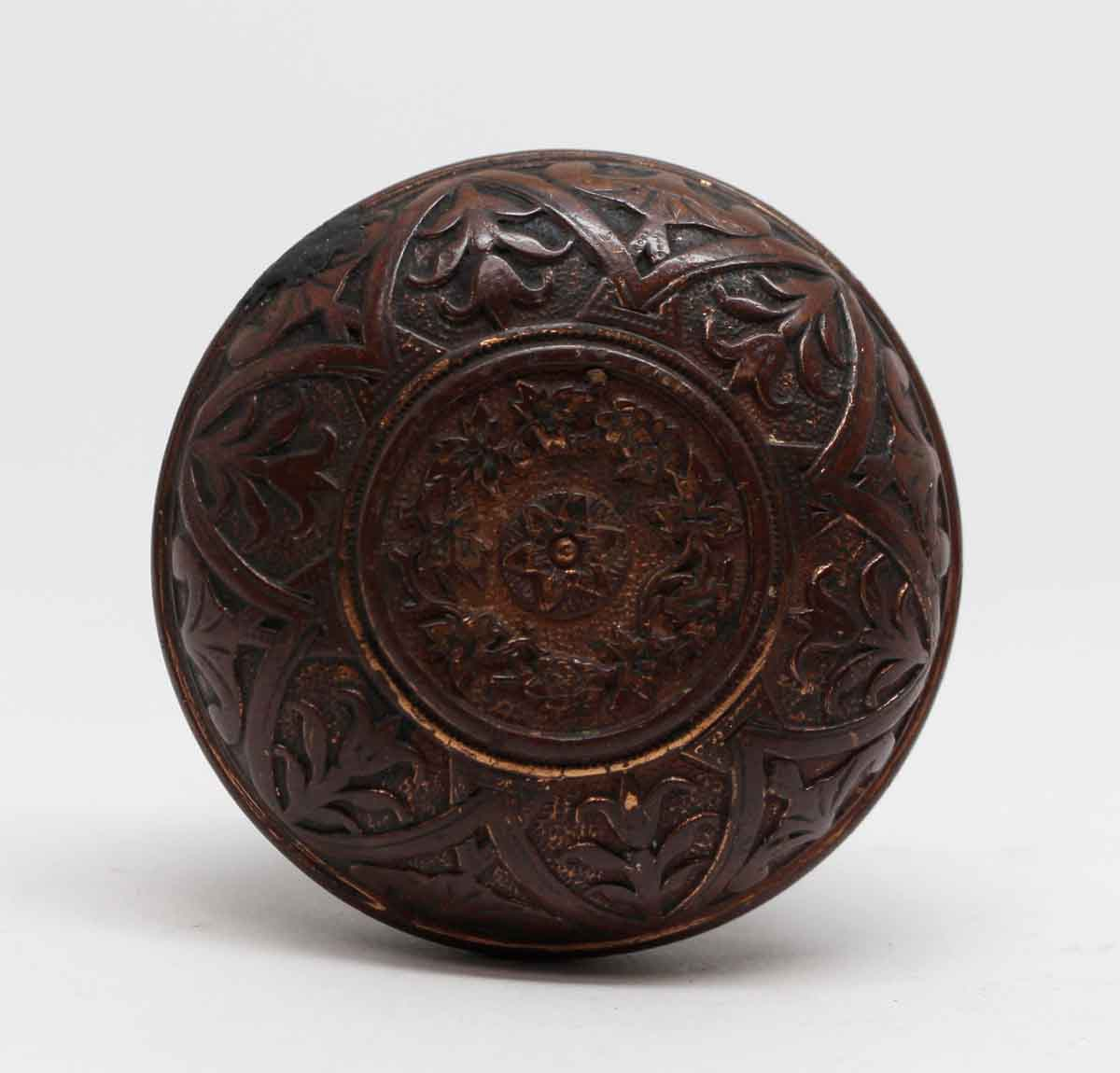 6 Fold Classic Bronze Entry Door Knob With A Floral Center Olde