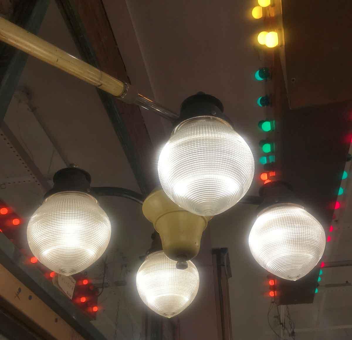 Vintage Pelton Amp Crane Equipoised Dental Operating Light