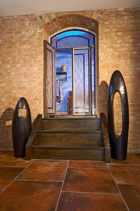 Wonderful modern entrance to cellar.